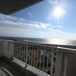 最上階から望む太平洋!大浴場・屋外プール付き
